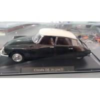 gadget114 Modellino Citroen DS 19 anno 1963 nero